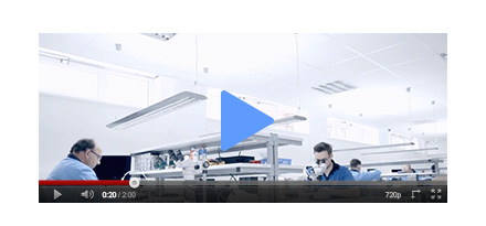 schauen Sie selbst wie wir reparieren title=Video - Einblick in unsere Handy Reparatur Werkstatt